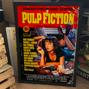 - FRAMED CULT CRIME MOVIE POSTER - Pulp Fiction (Miramax, 1994)