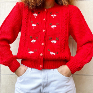 - Red cardigan, in wool with flora embroidery  , onesize