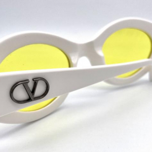 VALENTINO mod V 687 Cateye vintage sunglasses made in Italy 90's NOS