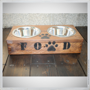 - BOWL HOLDER FOR DOGS III