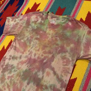 - T-Shirt Deadstock    uomo   SUPREME X HANES   S/M   tiedye by Vintagefarm