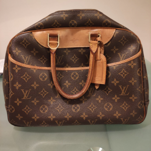 BAULETTO LOUIS VUITTON