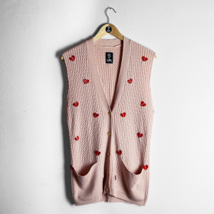 CRY ME A RIVER ... PINK HEARTS GILET