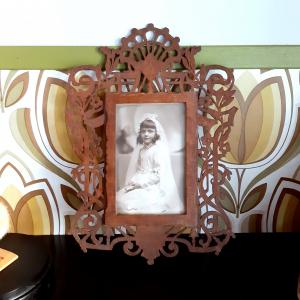 - Cornice Traforata Inizio '900 con Fotografia Bambina Prima Comunione