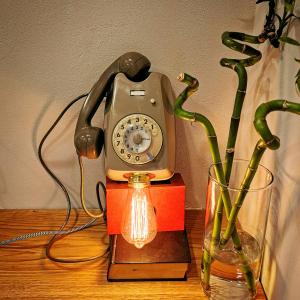 - Telefono SIP da parete anni 70