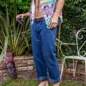 - RE&X vintage jeans