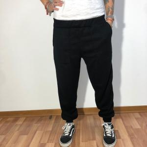 - Pantalone jogger