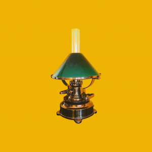 - Lampada navale