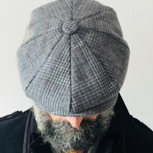 Coppola modello Peaky Blinders colore grigio chiaro