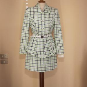 Completo giacca e gonna tartan bianco ,verde acqua e blu TAGLIA 1 S e 2 M