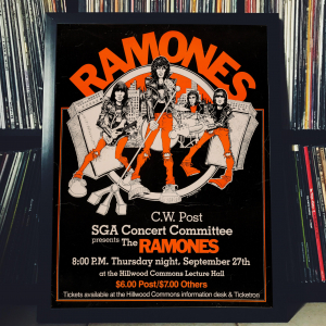 - FRAMED CONCERT POSTER - Ramones - Sept. 27, 1978 - Hillwood Commons Lecture Hall - Brookville (NY) - USA