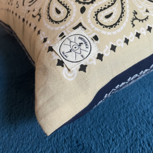 - BANDANA CUSCINO DOUBLE FACE