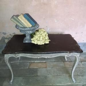 - Tavolino da the