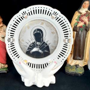 - Piatto da Torta Anni '50 Our Lady of Darkness