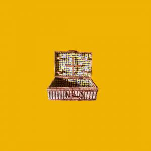 - Valigia in vimini per picnic