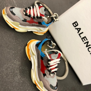 - Portachiavi Balenciaga Triple S Gray/Red/Blue