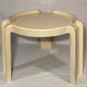 - Tavolino KARTELL Giotto Stoppino