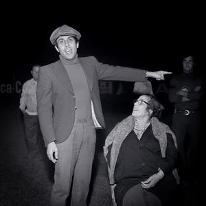 - Adriano Celentano con la madre.