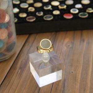 - anello piccolo - da mignolo color oro con smalto grigio