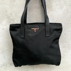 Borsa Prada in nylon vela