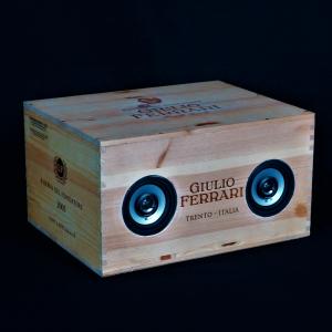 - GIULIO FERRARI RISERVA DEL FONDATORE SPUMANTE 6x0.75LT CASSA BLUETOOTH SPEAKER PORTATILE